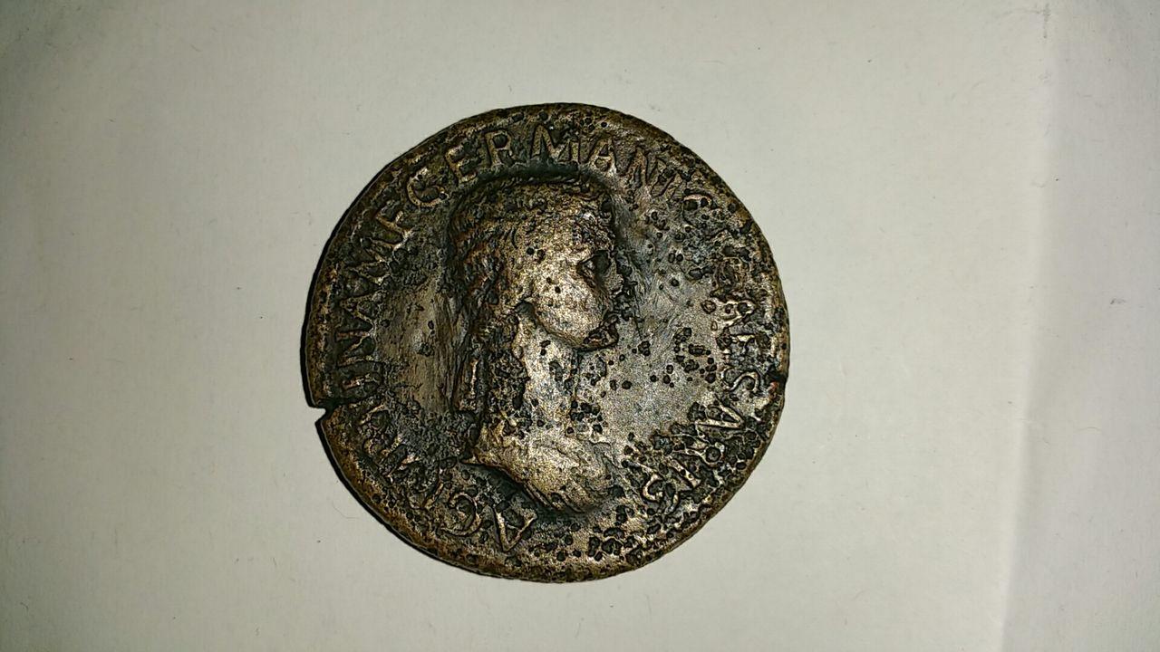 Sestercio de Agripina. TI CLAVDIVS CAESAR AVG GERM P M TR P IMP P P /S C  Image