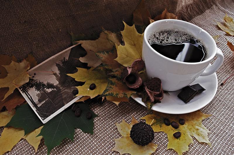 Fotografija dana - Page 5 Autumn_memoirs_coffee_by_uventa_d38j0kc