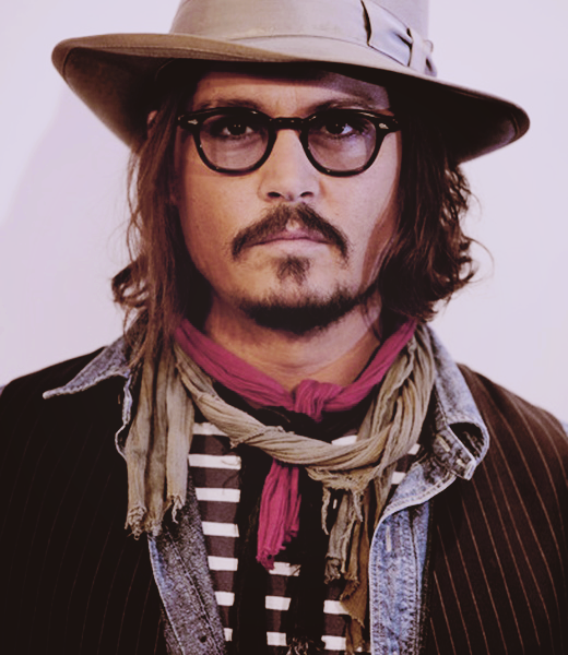 Photos  - Page 37 Johnny_Depp_D_johnny_depp_32536585_520_600