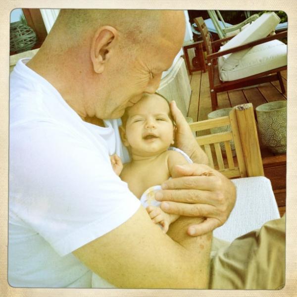 Bruce Willis - Página 3 Bruce_willis_daughter_mabel_ray_twitter