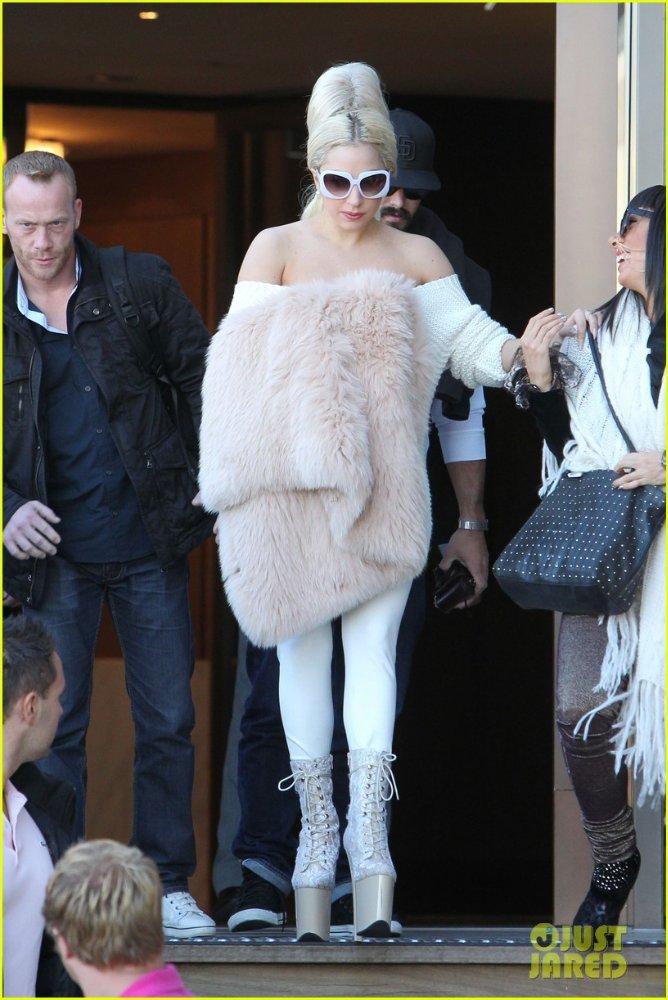 Lady GaGa  - Страница 3 5f702db1a44a