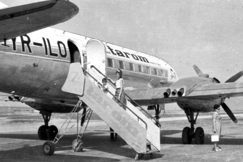Aeroportul Suceava (Stefan cel Mare) - Poze Istorice - Pagina 3 Yr_ilo
