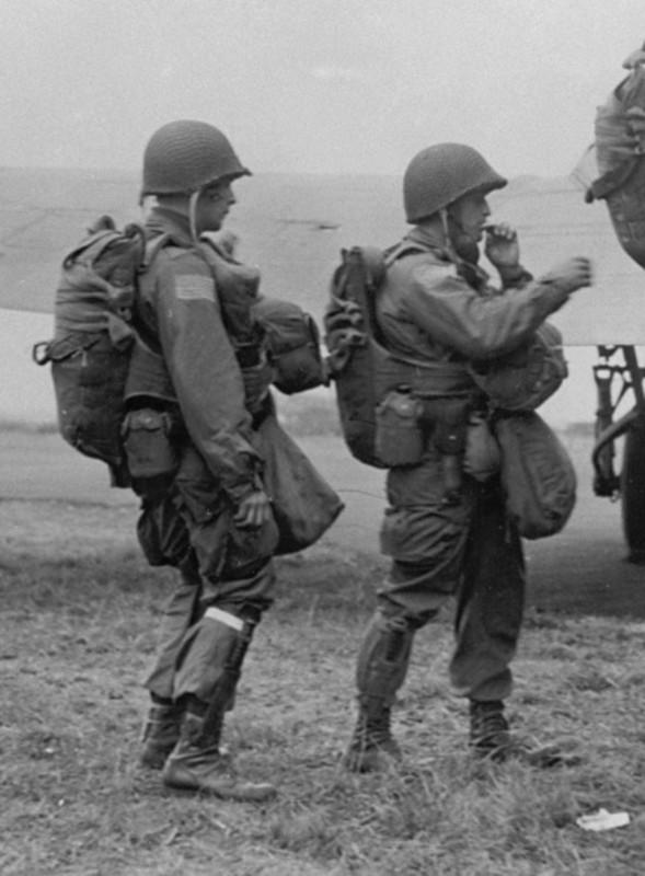 casco - Mis apuntes de WWII Image