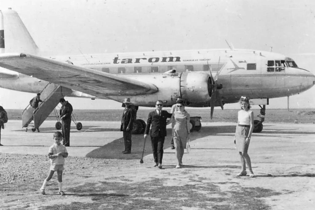 Aeroportul Suceava (Stefan cel Mare) - Poze Istorice - Pagina 3 Yr_iln