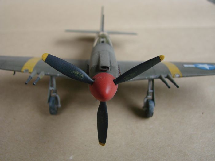 P-51 Mustang, Academy i P-51B Mustang (rebuild) Revell, 1/72 DSC02590