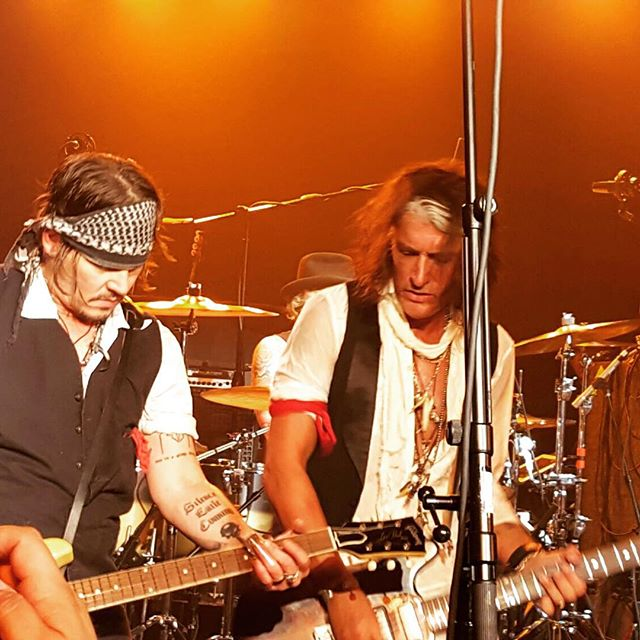 Le groupe Hollywood Vampires . - Page 4 20150917_1484844