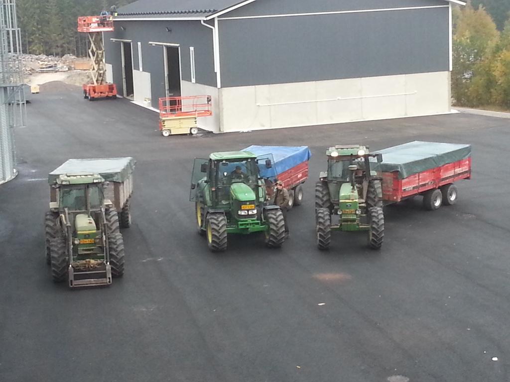 Traktori John Deere opća tema 20160926_085612