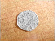 "Dinero ""bienpeinao"" de Alfonso VIII (1158-1214) de Toledo  P1150067"