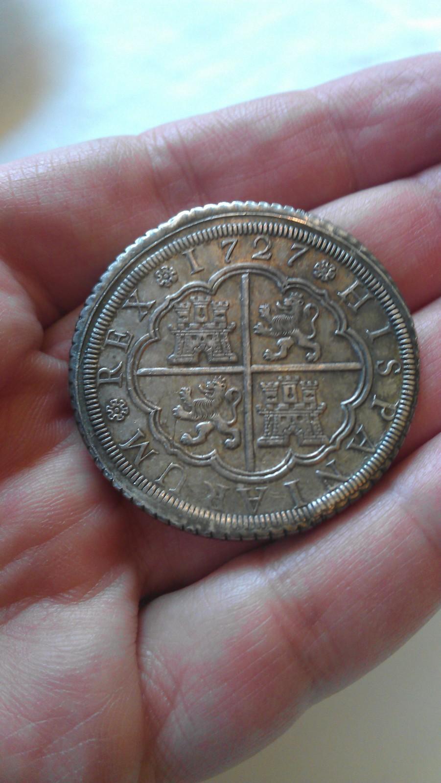 8 reales FELIPE V 1727 Segovia IMAG2170