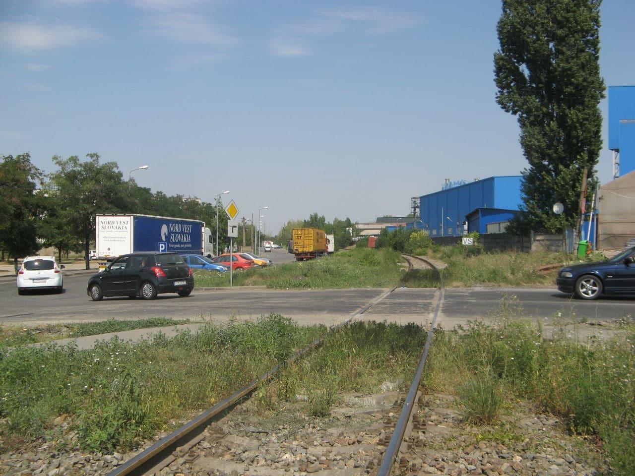 Calea ferată directă Oradea Vest - Episcopia Bihor IMG_0040