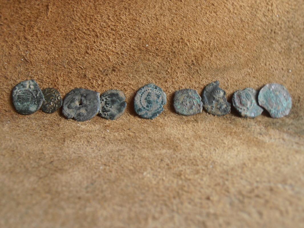 dinero valenciano de CARLOS II falso de época P6020014