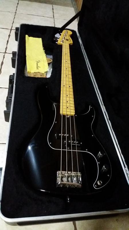Clube do Precision Bass Parte III (administrado pelo GeTorres) - Página 9 Black