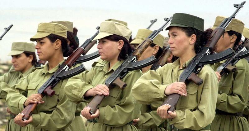 LOS ISLAMISTAS CUANDO SON PILLADOS LOS HACEN PICADILLO The_kurds_are_also_somewhat_unique_in_the_region