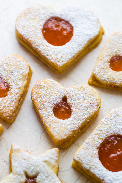 Arthur's Perfect Valentine Almond_Cookies_with_Apricot_Filling_4