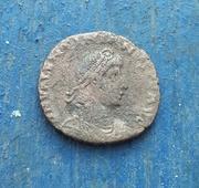 AE2 de Valentiniano II. REPARATIO REI PVB. Roma 20180123_173923-1