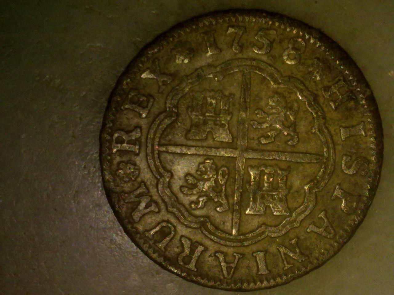 2 reales de Fernando VI, Sevilla. 1758. P_009