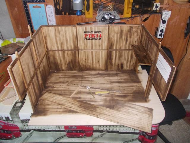 "Diorama: taller mecánico ""de toda la vida"" escala 1/10 DSCN4725"