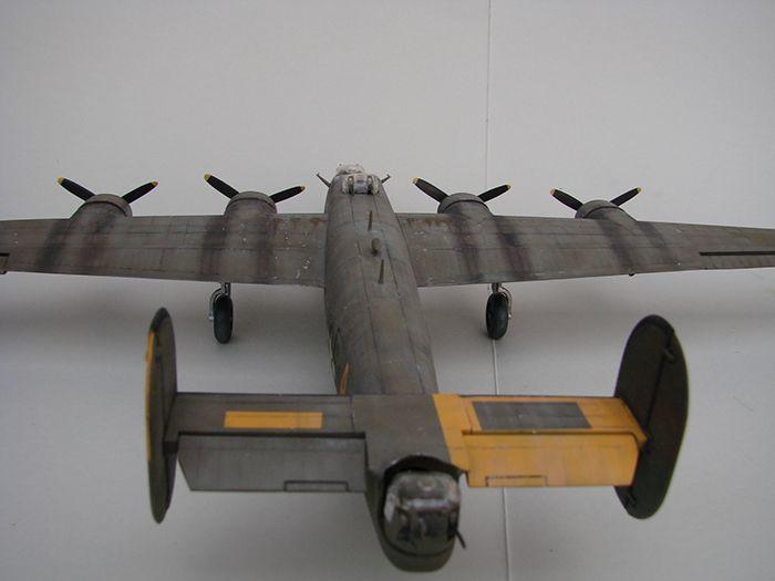 B-24J Liberator ,Airfix ,1/72 DSC04424