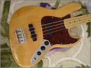 Jazz Bass Clube. - Página 9 1044945_594316820589141_135116203_n