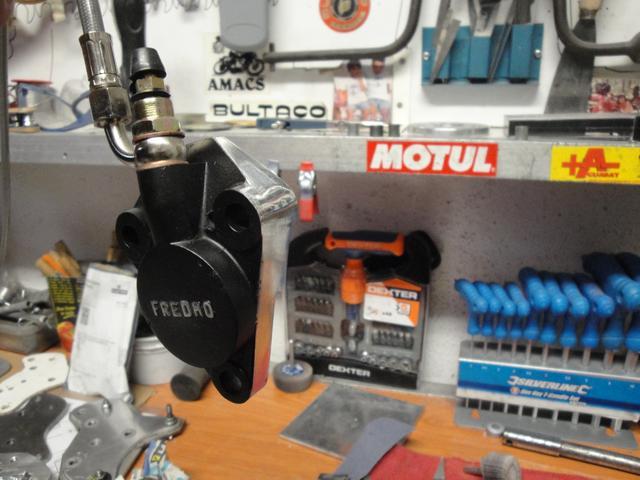 bultaco - Embrague hidraulico Bultaco - Página 5 DSC05328
