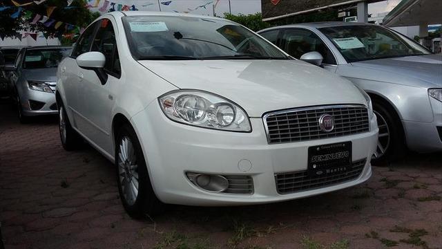 Fiat in Brasile - Pagina 37 Fiat_linea_2011