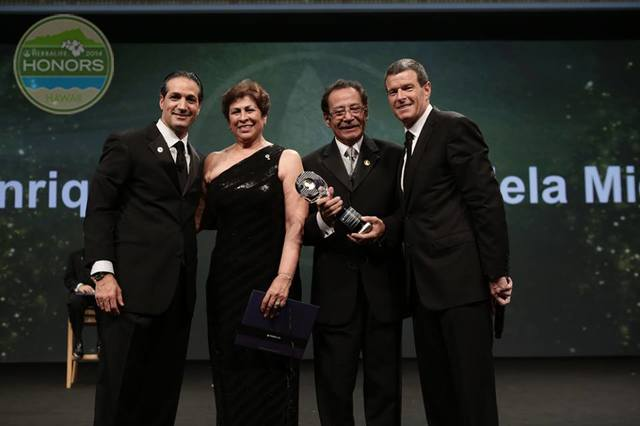 Herbalife Honors 2014 - Hawaii 1237993_10152111330126245_799579211_n