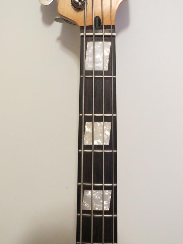 Dúvidas sobre um Fender(?) Precision IMG_4609