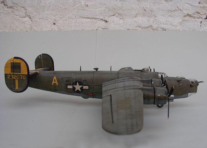 B-24J Liberator ,Airfix ,1/72 DSC04417