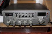 11 eme bourse d'échange RADIO & COMMUNICATION V LOUBET 06  IMG_0846
