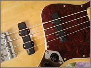 Jazz Bass Clube. - Página 9 992793_594316780589145_1189069726_n