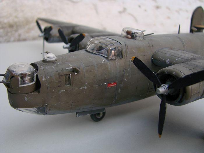 B-24J Liberator ,Airfix ,1/72 DSC04429