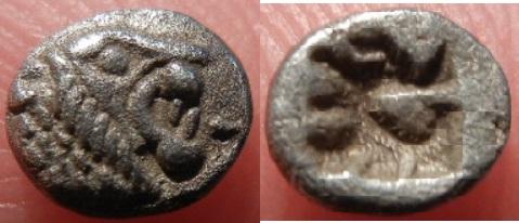 Tetartemorión (1/4 de Obolo). Region de Caria. Entre finales del siglo VI A.C. y principios del siglo V A.C. Curiosa marca incusa en reverso. RSCN0232_post_f