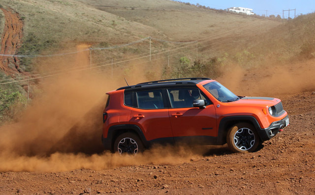 Fiat in Brasile - Pagina 4 Teste_jeep_renegade