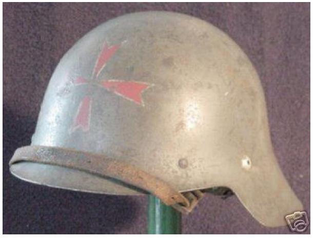 restauracion - Motivos en los cascos de la Guerra Civil y restauración Screenshot_160