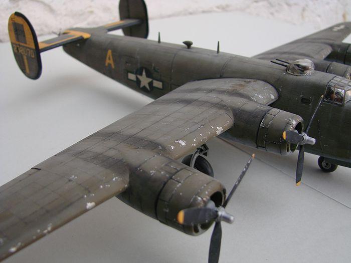 B-24J Liberator ,Airfix ,1/72 DSC04427