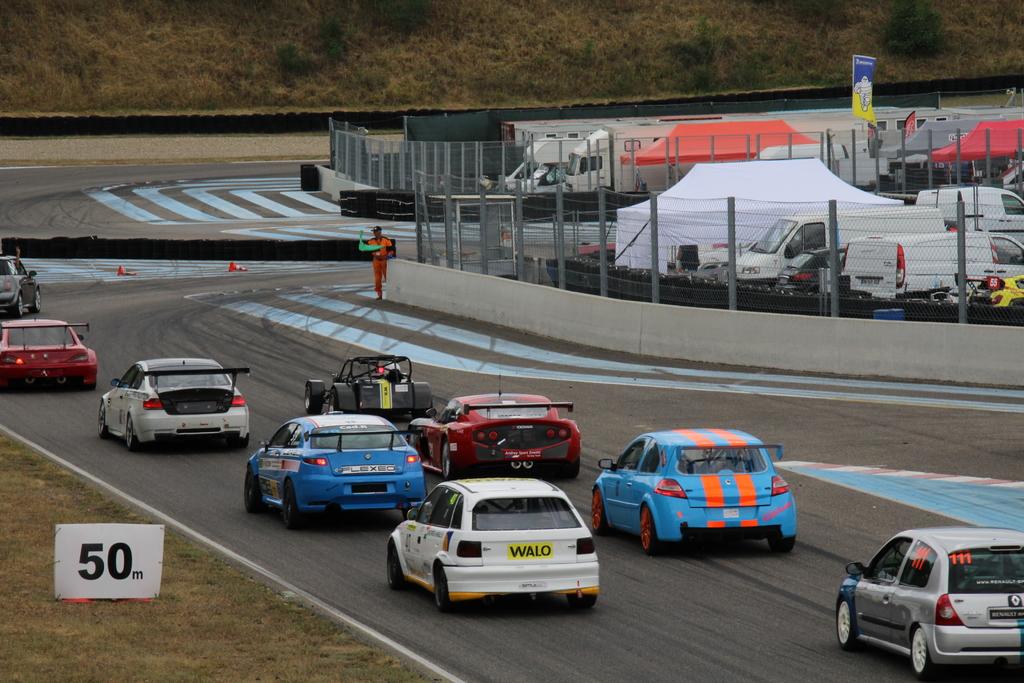 Saison course 2017 de Juju 89: Free Racing club Le Mans Bugatti! IMG_9372