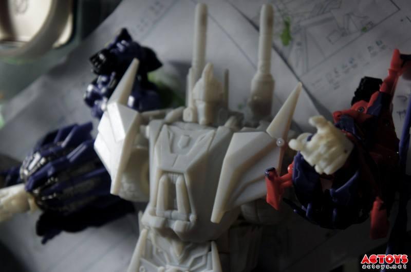 Produit Tiers - Kit d'ajout (accessoires, armes) pour jouets Hasbro & TakaraTomy - Par Fansproject, Crazy Devy, Maketoys, Dr Wu Workshop, etc - Page 4 556503_550653061667305_1472464676_n