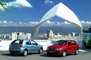 Fiat in Brasile - Pagina 23 Palio_2_restyling_Versione_ELX_e_HLX_2003