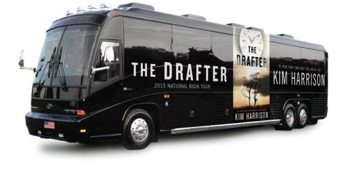 Sideswiped + The Drafter | Ким Харисън (ревю) Drafterbus