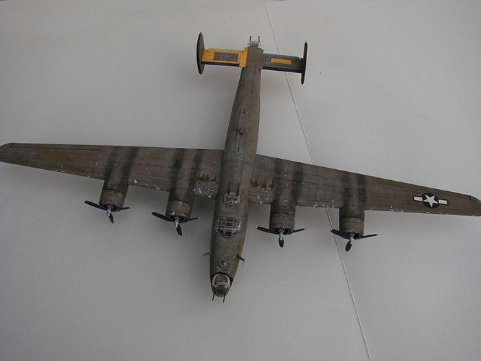 B-24J Liberator ,Airfix ,1/72 DSC04421