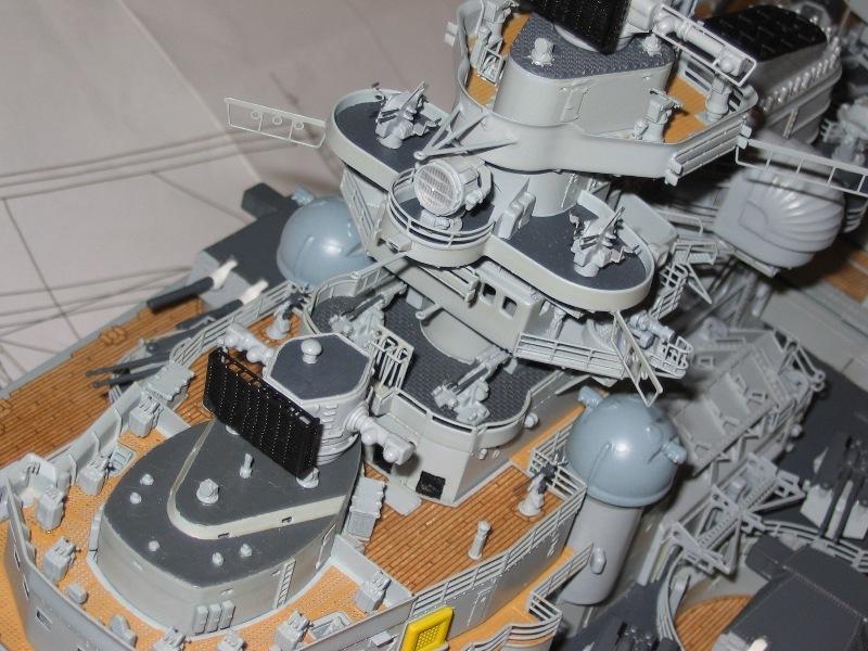 royal - I miei lavori terminati: Corazzata Bismarck, Soleil Royal, Victory. IMG_2242