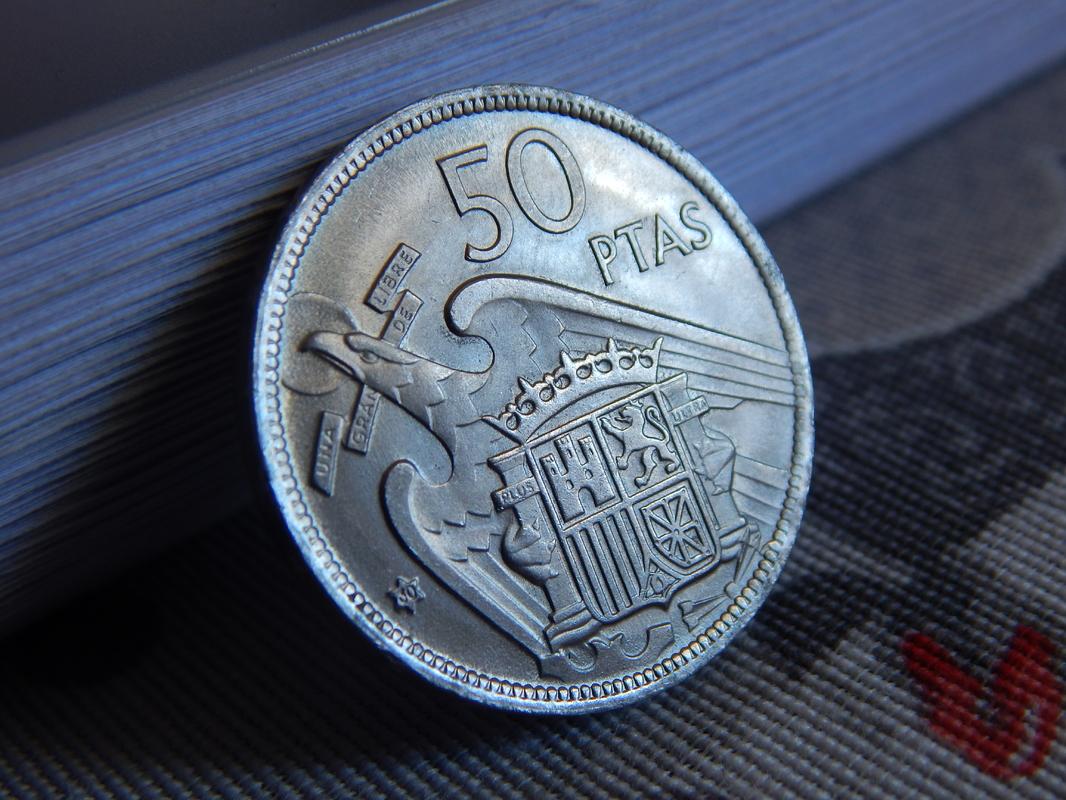 50 pesetas 1957 *60 Estado Español DSCN2628