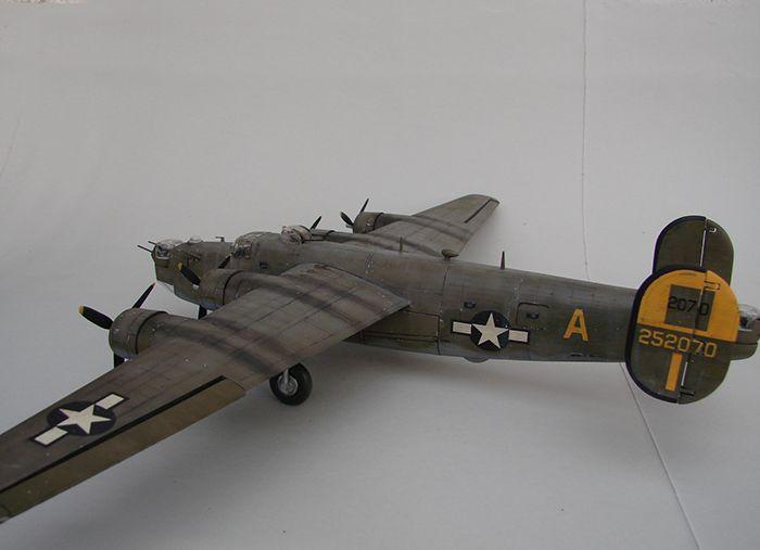 B-24J Liberator ,Airfix ,1/72 DSC04419