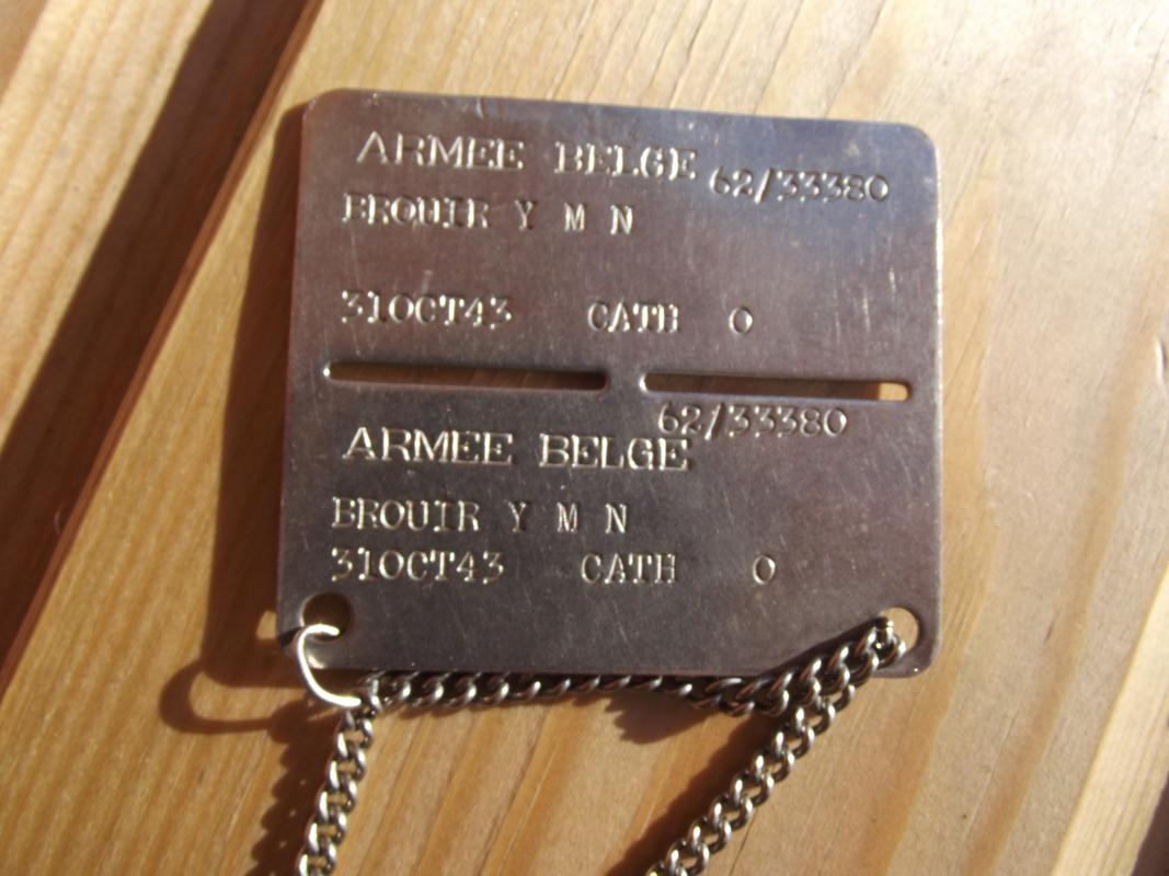 Belgian dog-tag of the year 1964 DSCF6124