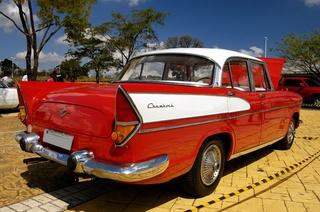 avvistamenti auto storiche - Pagina 38 Simca_Chambord