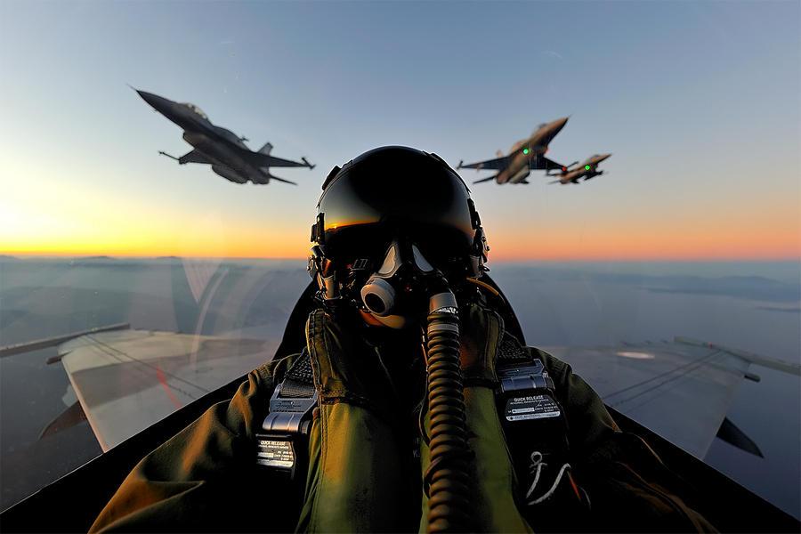 Hellenic Military & Security Multimedia F16_B52_Padv0020