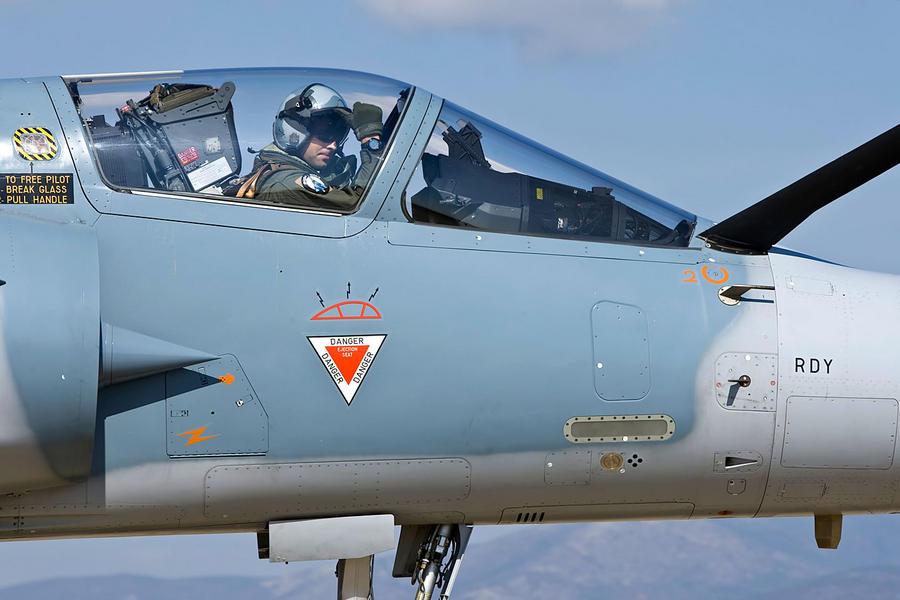 Hellenic Military & Security Multimedia Pilots_m_2000_04