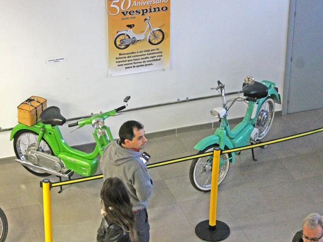 Exposición 50º Aniversario del Vespino, 17 Feb IMG_0486