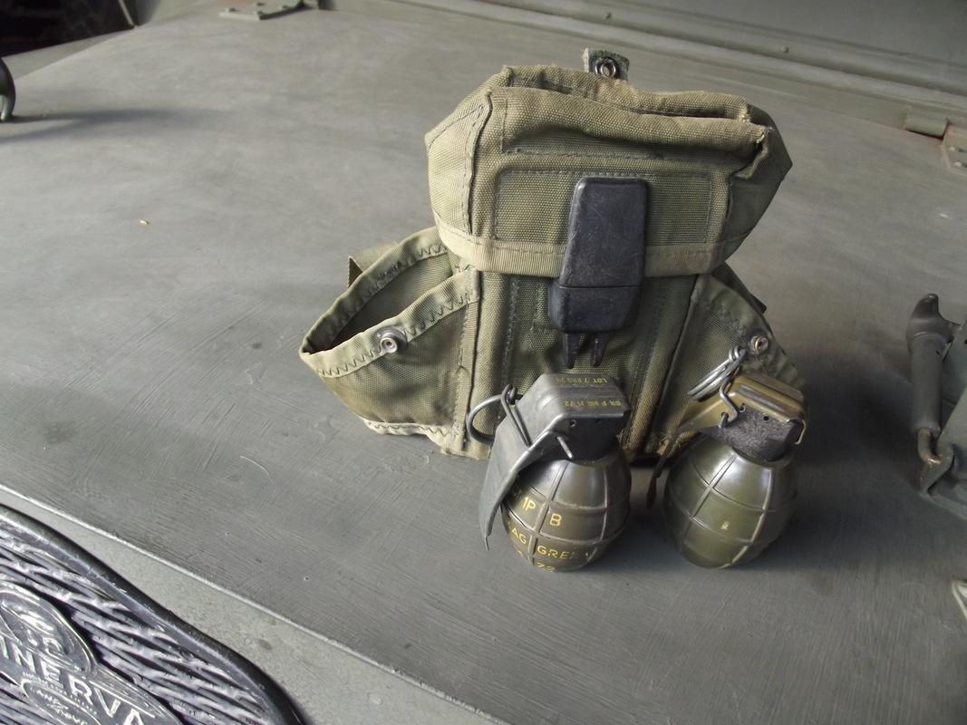 Para-commando display DSCF6071