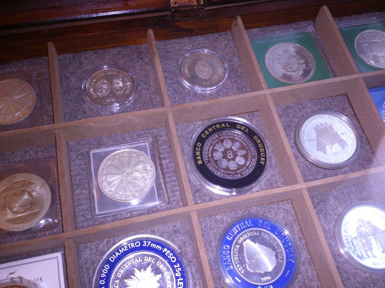 Monedas conmemorativas de Uruguay acuñadas en plata 1961 - Presente. IMG_20150905_WA0012